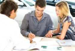 Как студенту офорить автокредит